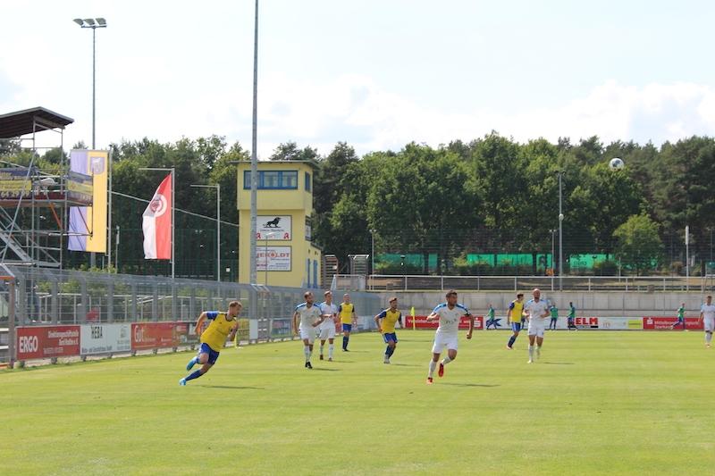 1. Spieltag Oberliga Süd - 11