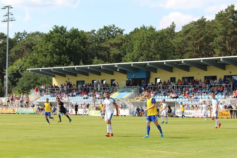 1. Spieltag Oberliga Süd - 15
