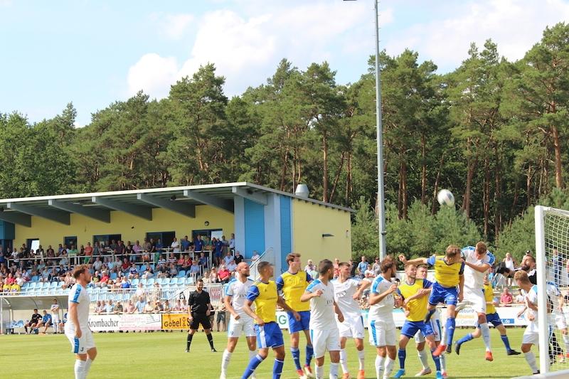 1. Spieltag Oberliga Süd - 18