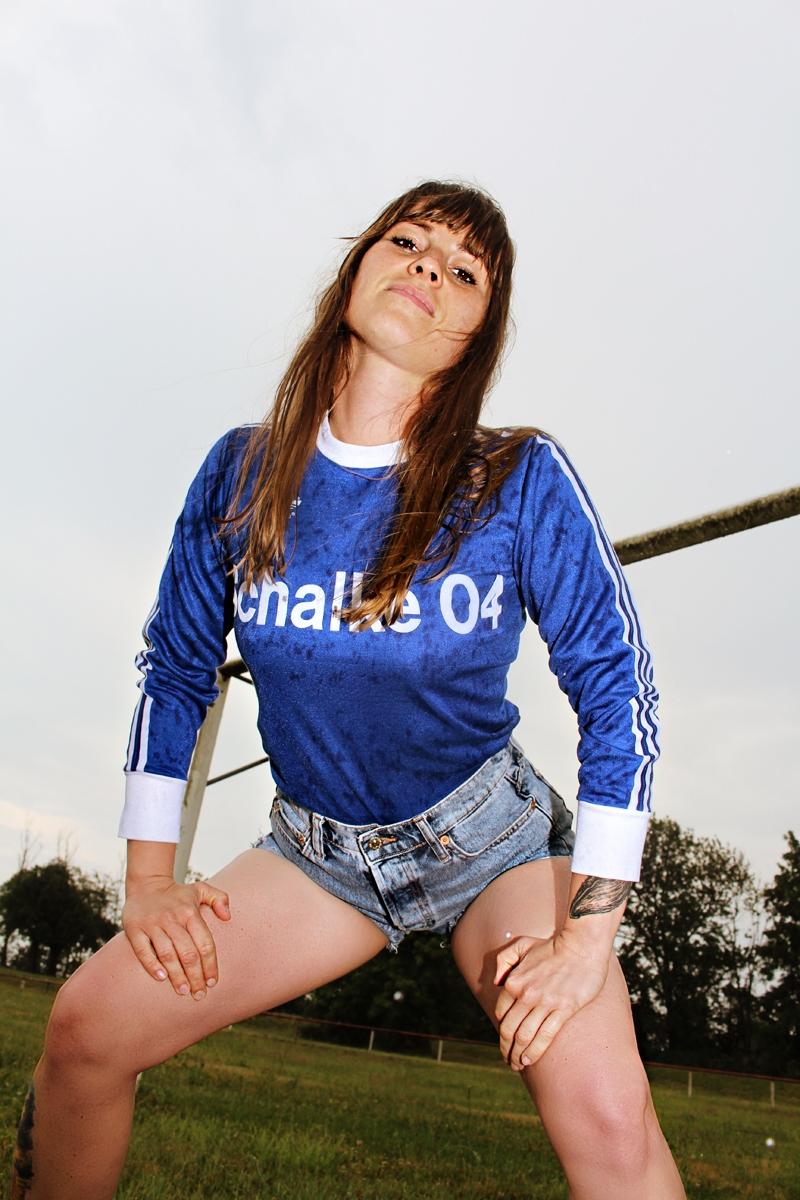 Schalke-Trikot-Kalender-2