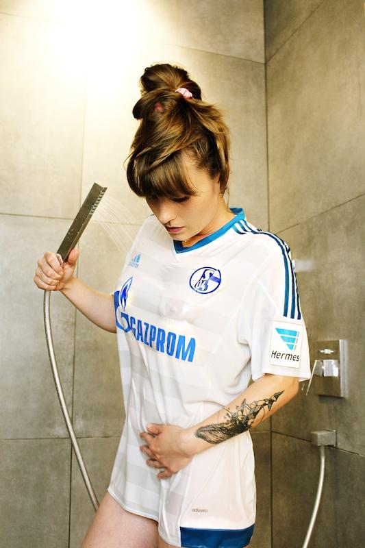 Schalke-Trikot-Kalender-39